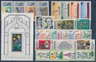 1977 28 klf bélyeg + 1 blokk