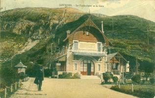 Lourdes Funicular station and Café (EK)