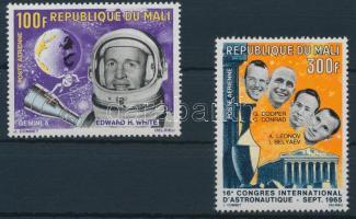 1966 Űrkutatás sor 2 értéke Mi 117 + 119