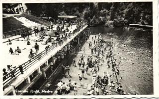 Baile Szováta, Lake, bathing swimming people, Szovátafürdő, Medve tó, fürdőzők