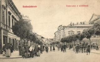 Székesfehérvár, Nádor utca, színház, gyógyszertár, Knazovitzky üzlete (EB)