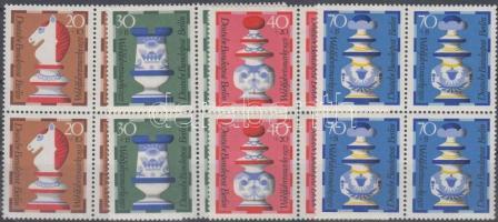 1972 Sakk sor négyestömbökben Mi 435-438