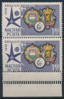 1958 Brüsszeli világkiállítás 1,40Ft pár elfogazva, az ívszélen többszörös fogazás