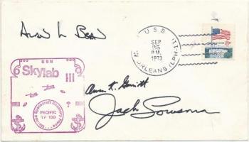 Alan Bean (1932- ), Owen K. Garriott (1930- ) és Jack Lousma (1936- ) amerikai űrhajósok Skylab aláírásai emlékborítékon /  Signatures of Alan Bean (1932- ), Owen K. Garriott (1930- ) and Jack Lousma (1936- ) American astronauts on envelope