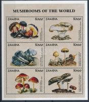 Mushrooms minisheet, Gombák kisív