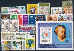 International Children Year 1979-1980 21 diff stamps with sets + 1 block, Nemzetközi Gyermekév 1979-1980 21 klf bélyeg, közte sorok + 1 blokk