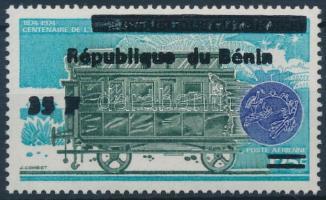2000 Mozdony felülnyomott bélyeg Mi 1103