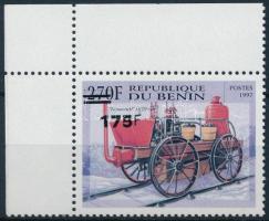 2005 Mozdony felülnyomott ívsarki bélyeg Mi 1382