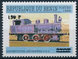 2000 Mozdony felülnyomott bélyeg Mi 1302