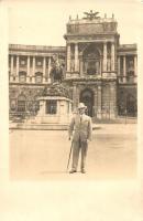 Vienna, Wien I. Neue Hofburg und Prinz Eugen Reiterdenkmal / castle, statue, F. Hrosek Fotograf, photo