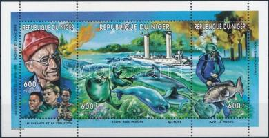 Jacques Cousteau; dolphin mini sheet, Jacques-Yves Cousteau; Delfin kisív