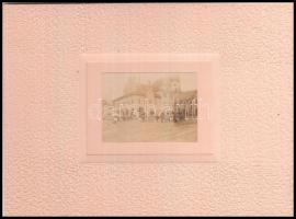 1897 Lőcsei Városháza. Fotó dekoratív papírkeretben. Lapméret 15x12 cm