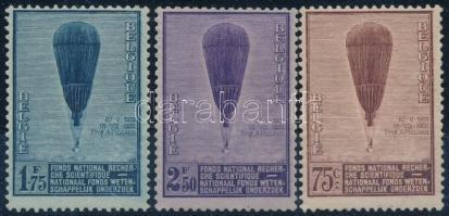 1932 Léghajó sor Mi 344-346 (Mi EUR 130,-) (1.75F gumihiba / gum disturbance)