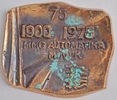 1975. 1900-1975 MMG Automatika Művek vállalati Br plakett a 75. évfordulóra, díszdobozban (102x121mm) T:2 oxidáció