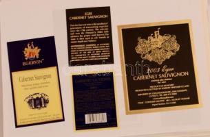 Egri borok több mint ezer darabos magyar borcímke gyűjtemény. Mind különféle. / Collection of Hungarian wine labels