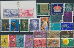 1971-1972 Kis összeállítás: 22 klf bélyeg + 1 blokk