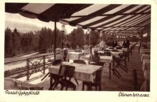 Parád-Gyógyfürdő étterem terasz