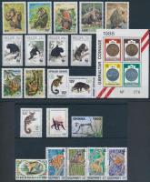 1972-1997 Monkey 3 sets + 1 block + 9 stamps, 1972-1997 Majom motívum 3 db sor + 1 db blokk + 9 db önálló érték