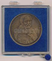 1983. Sobieski János lengyel király / Szécsény visszafoglalása emlékére 1683-1983 Br emlékérem sérült ÁPV tokban (42,5mm) T:2-
