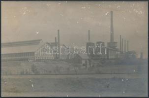 1916 Budapest, Pestszentlőrinc, a Dr. Lipták és társa gyár fotója, 10.5×16 cm