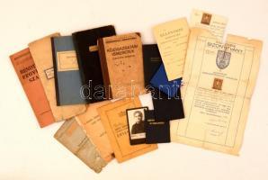 Vegyes okmány tétel: igazolványok, iskolai értesítők, stb., részben háború előttiek, összesen kb. 50 db