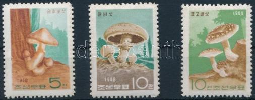 1968 Gomba sor Mi 856-858
