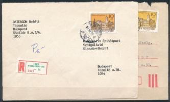1987 2 db ajánlott levél Tájak-városok III. 10f bélyeggel bérmentesítve, a 2 bélyeg erősen eltérő színű