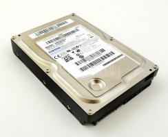 Samsung HD322GJ SATA merevlemez, 320 GB, 7200rpm 16M cache jó állapotban