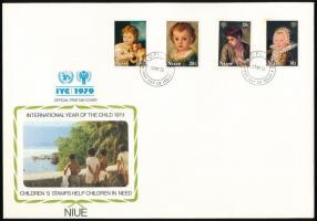 Nemzetközi gyermekév sor + blokksor 4 klf FDC International children's year set + block set on 4 diff FDC