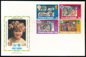 Nemzetközi gyermekév sor + blokk 2 klf FDC-n International children's year set + block on 2 diff FDC