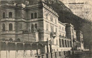 Baile Herculane, court yard, Herkulesfürdő, Ferencz József udvar