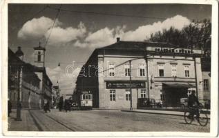 Budapest II. Császárfürdő, a fürdő és a szálló főbejárata, villamos, bicikli (ragasztónyom / glue mark)
