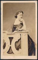 cca 1862 Türr István felesége - III. Napóleon császár unokahúga - Wyse-Bonaparte Adél vizitkártya méretű, feliratozott fotója, Emilio Maza milánói műterméből, 9.5x6 cm