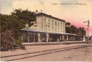 Királyhida, Bruckneudorf; Ungar. Staatsbahnhof / magyar vasútállomás, indóház, Verlag Marie Huber / railway station (EK)