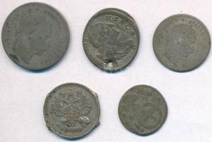 5db-os vegyes sérült, rossz tartású külföldi ezüstpénz, közte Német Államok / Bajorország 1765. 3kr Ag III. Miksa; Orosz Birodalom 1913. 10k Ag T:2-,3,3- 5pcs of various silver coins in bad condition, including German States / Bavaria 1765. 3 Kreuzer Ag Maximilian III; Russian Empire 1913. 10 Kopeks Ag C:VF,F,VG