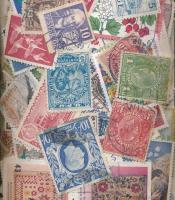 Kb. 1583 klf külföldi bélyeg ömlesztve