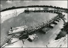 cca 1975 Fehérvárcsurgó, Víztározó és üveghomokbánya, 3 db vintage fotó, 9x14 cm és 16,5x23,5 cm