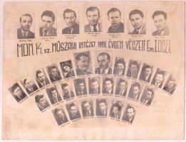 1959 M.Ü.M. 14. sz. Műszaki Intézet végzett hallgatóinak és tanárainak tablóképe, rajta 34 nevesített portré, a hátoldalán Szathmáry Ákos bélyegzővel, kicsit megviselt állapotban, 18x24 cm.