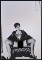 cca 1974 Négy nő, négy titkos történet, 4 db szolidan erotikus akt fotó, korabeli vintage negatívokról készült mai nagyítások 25x18 cm-es fotópapírra / 4 erotic photos, 25x18 cm