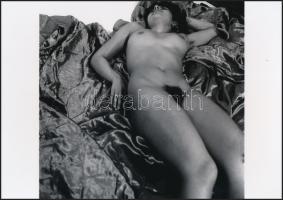 cca 1978 Műtermi jelenetek, szolidan erotikus fényképek, 4 db korabeli vintage negatívról készült mai nagyítás 25x18 cm-es fotópapírra / 4 erotic photos, 25x48 cm