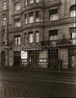 1973 Budapest, Akadémia mozi külső-belső felvételei, 4 db szabadon felhasználható vintage negatív, 6x7 cm