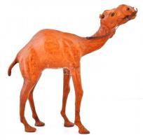 Jelzés nélkül: Egypúpú teve. Bőrrel bevont kisplasztika, m:31 cm, h:31 cm