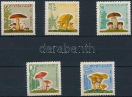 1964 Gomba sor Mi 2983-2987y