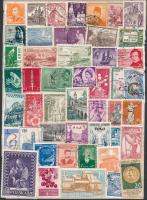 Vegyes külföldi bélyegek lapra ragasztva