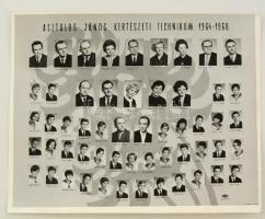 1968 Asztalos János Kertészeti Technikum tanári kara és végzős növendékei, kistabló 54 nevesített portréval, 24x30 cm