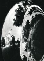 cca 1975 Vincze János (1922-1998): Tükröződés, pecséttel jelzett vintage fotóművészeti alkotás, 17,5x12,5 cm