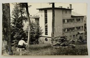 cca 1938 Mátraháza, vintage feliratozott fotó, 25x39 cm