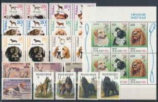 Kutya motívum 42 db bélyeg és 1 kisív 2 stecklapon
