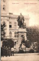 Komárom, Komárno; Klapka szobor, városháza, kiadja Sipos F. / statue, town hall (EK)
