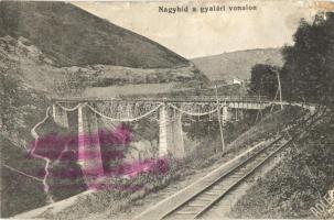 Gyalár, Ghelari; Nagyhíd a vasúti vonalon, viadukt, Adler fotó / railway bridge, viaduct (kopott sarok / worn corner)